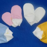 Kojenecké bavlněné rukavice proti škrábání, cena 50,- Kč